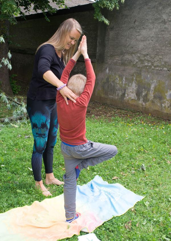 children-yoga